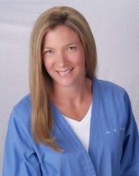 Lori Travers MD